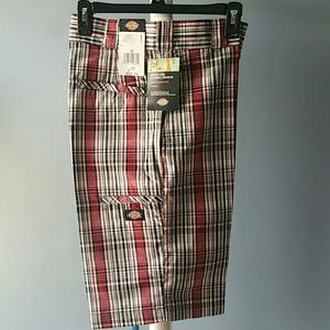 NWT Dickies Shorts with 5 multi use pockets